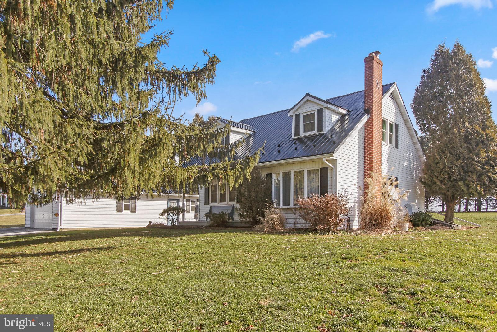 21 NEW PARK ROAD, NEW PARK, PA 17352