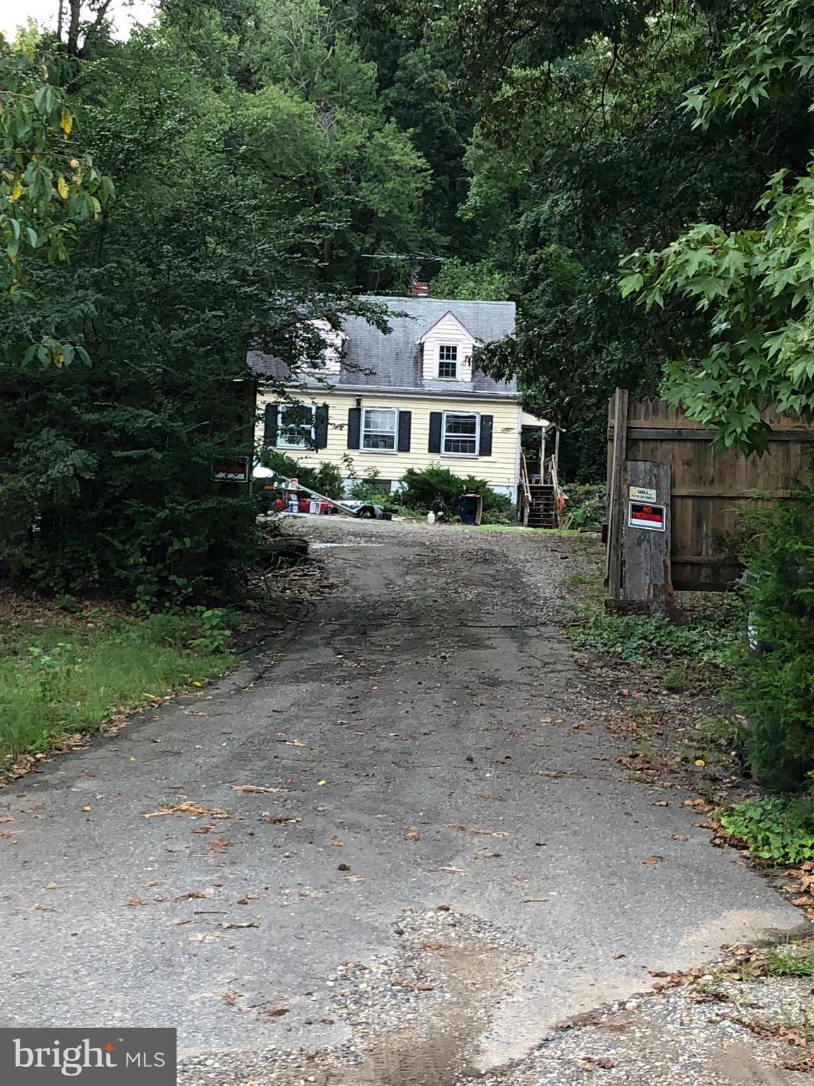 """VALUE IN LAND 2.81 ACRES,  EXISTING HOUSE IS IN 'AS IN' CONDITION, OFFERS REQUIRE """"AS IS""""  ADDENDUM - NO INFO ON HVAC, HWH,& SEPTIC, CALL FOR INFORMATION, HOME IS NOT VACANT UNTIL 2/28/19 CASH ONLY. SEE DOCUMENTS."""
