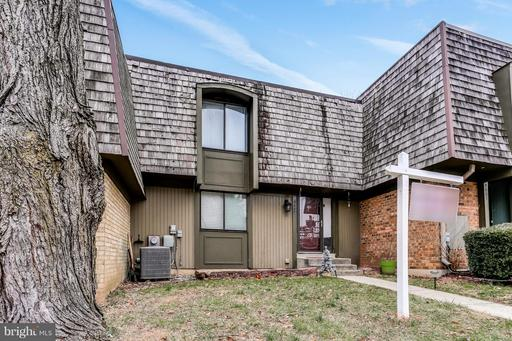 9407 Hickory View Montgomery Village MD 20886