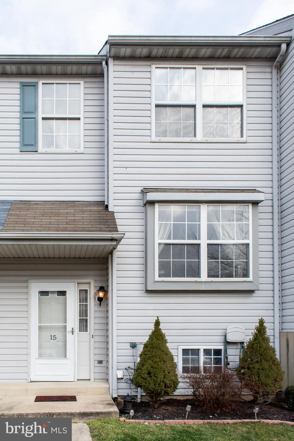 Great interior unit available in popular Greenlawn Phase II! This well maintained town-home is ready for its new owner. The main floor features an open concept with lots of natural light, eat-in kitchen, large living space, a half bath, and deck off the living room. On the upper floor you'll find 3 bedrooms, one being the generous sized master with walk-in closet, and full bath. Living room on the lower level with full walk-out egress along with spacious utility room with laundry area and plenty of storage. Other amenities include a fenced-in back yard(shared), newer flooring, and ceiling fans throughout. Seller is offering a 2000 dollar flooring allowance. Don't wait! Make your appointment to see this home today!