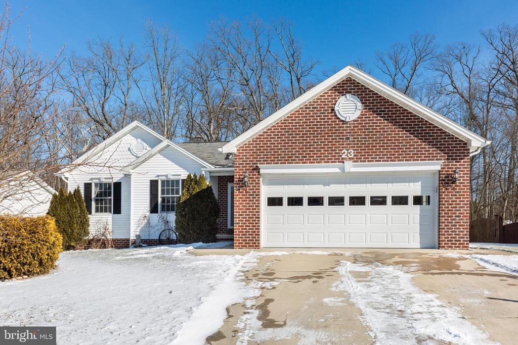 23 TRENTON COURT Maryland and Pennsylvania Home Listings - Long and Foster Real Estate Inc. Maryland and Pennsylvania Real Estate