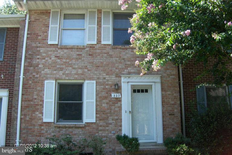 Great town home with fenced in rear yard and storage.  The home has been freshly painted throughout and new carpeting on the main and upper levels.  Good sized eat-in kitchen with sliding glass door leading to the rear yard.  Laundry room is off the kitchen, 1/2 bathroom on main level.  Upper level has master bedroom, master bathroom, full hall bathroom and 2nd bedroom.