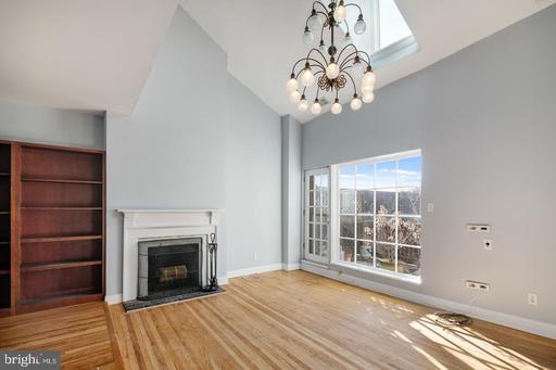 Property for sale at 400416 S 2nd St #412-414B, Philadelphia,  PA 19147