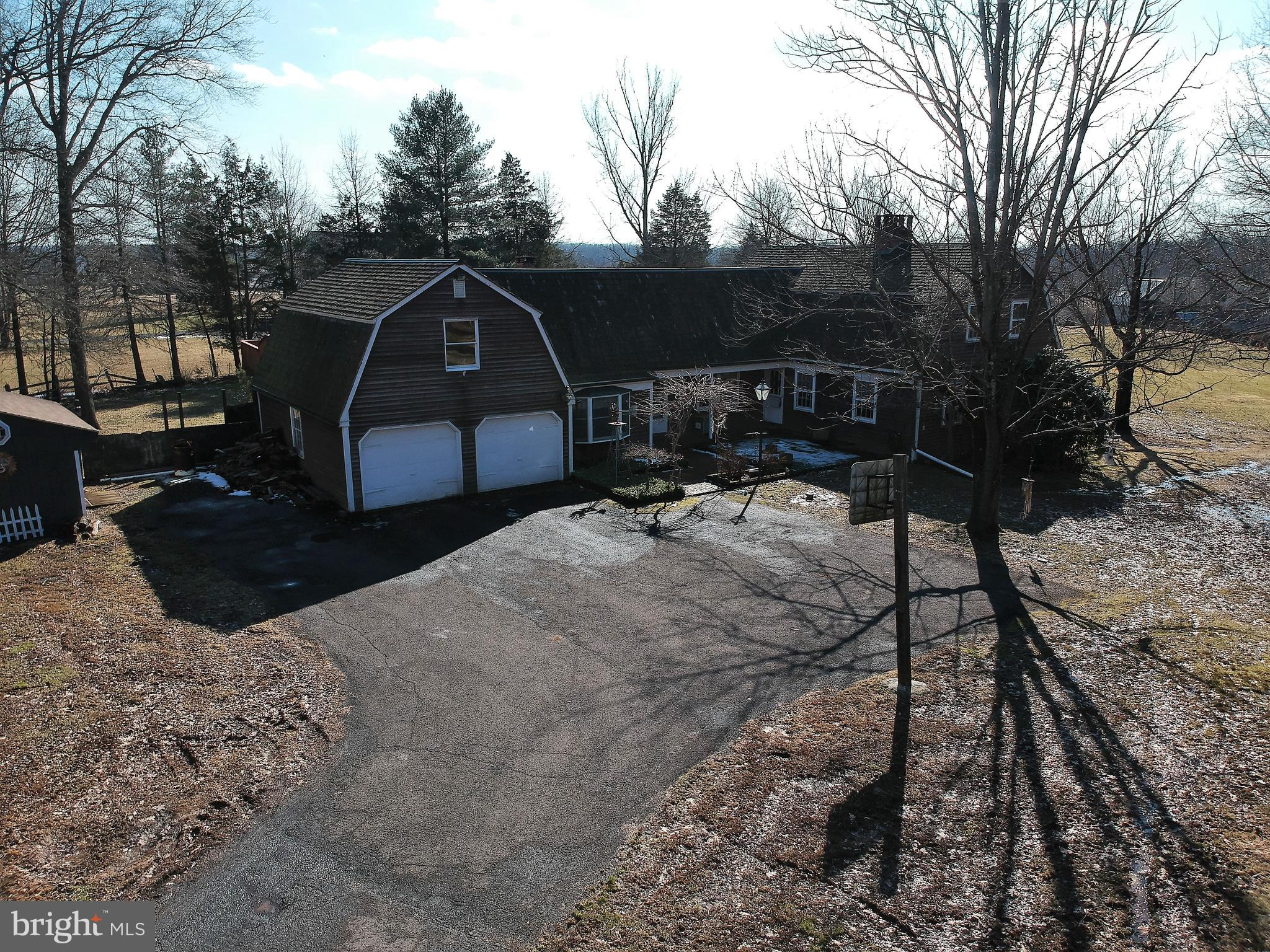 1294 ROLLING HILLS ROAD, OTTSVILLE, PA 18942