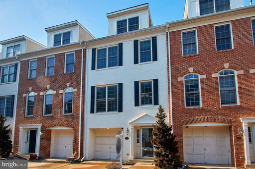 504J Thomas Arlington VA 22203