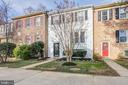 2408 Falls Place Ct