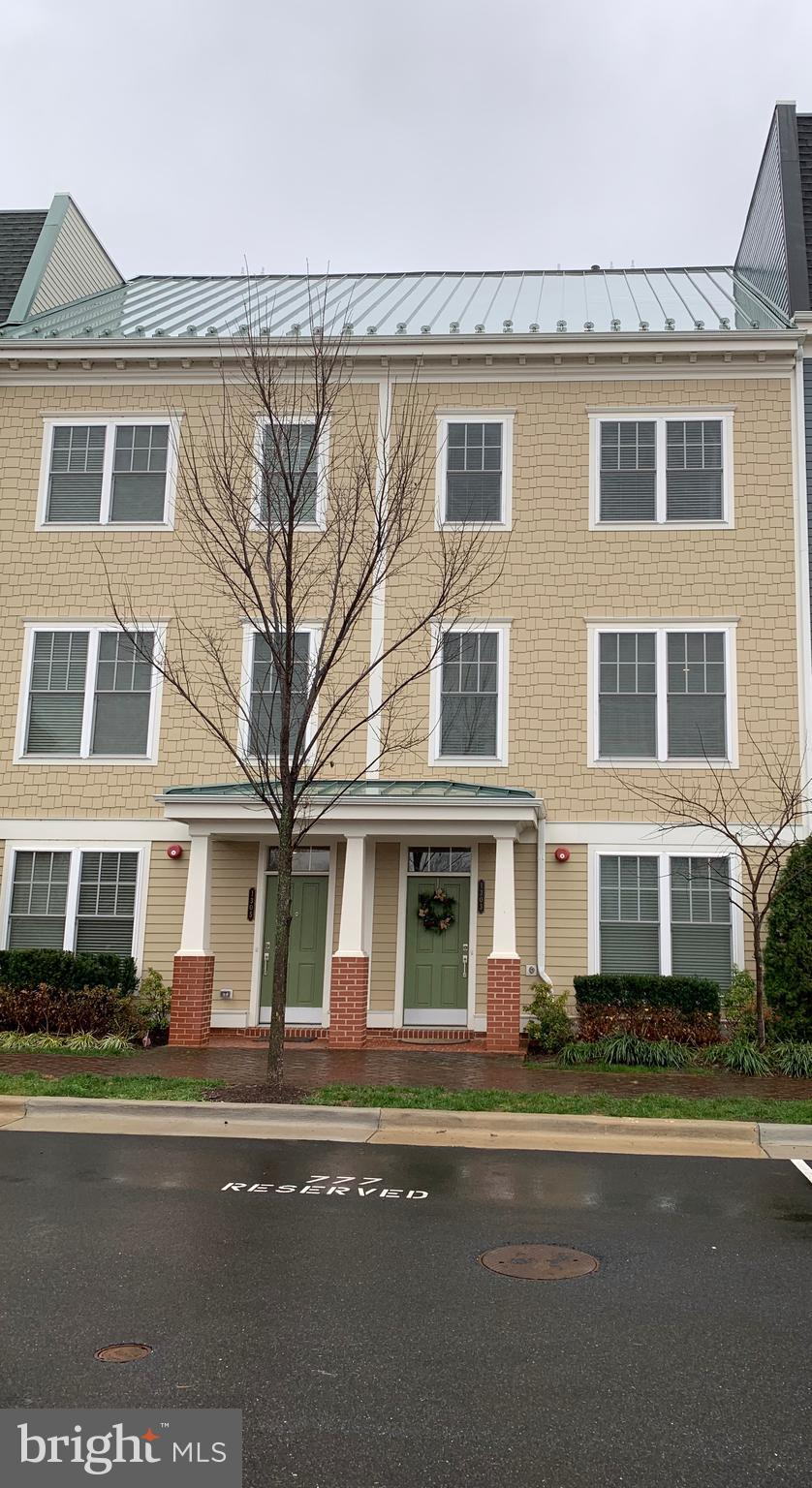Meticulously maintained modern townhouse close to everything! Featuring hardwood floors in living areas with carpet in bedrooms. Open floor plan makes it feel even larger.  Hard to find 2-car garage in great location. Less than 1/2 mile to Braddock metro station, soccer fields, playground, and George Washington School. Feet from Potomac Yard Trail. Come out and see this commuter's dream!