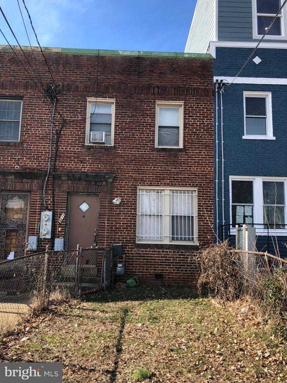 Calling all investors and developers!!! An amazing opportunity in Brookland. Condo conversions are selling for top dollar on the block (and right next door!) Don't miss out!