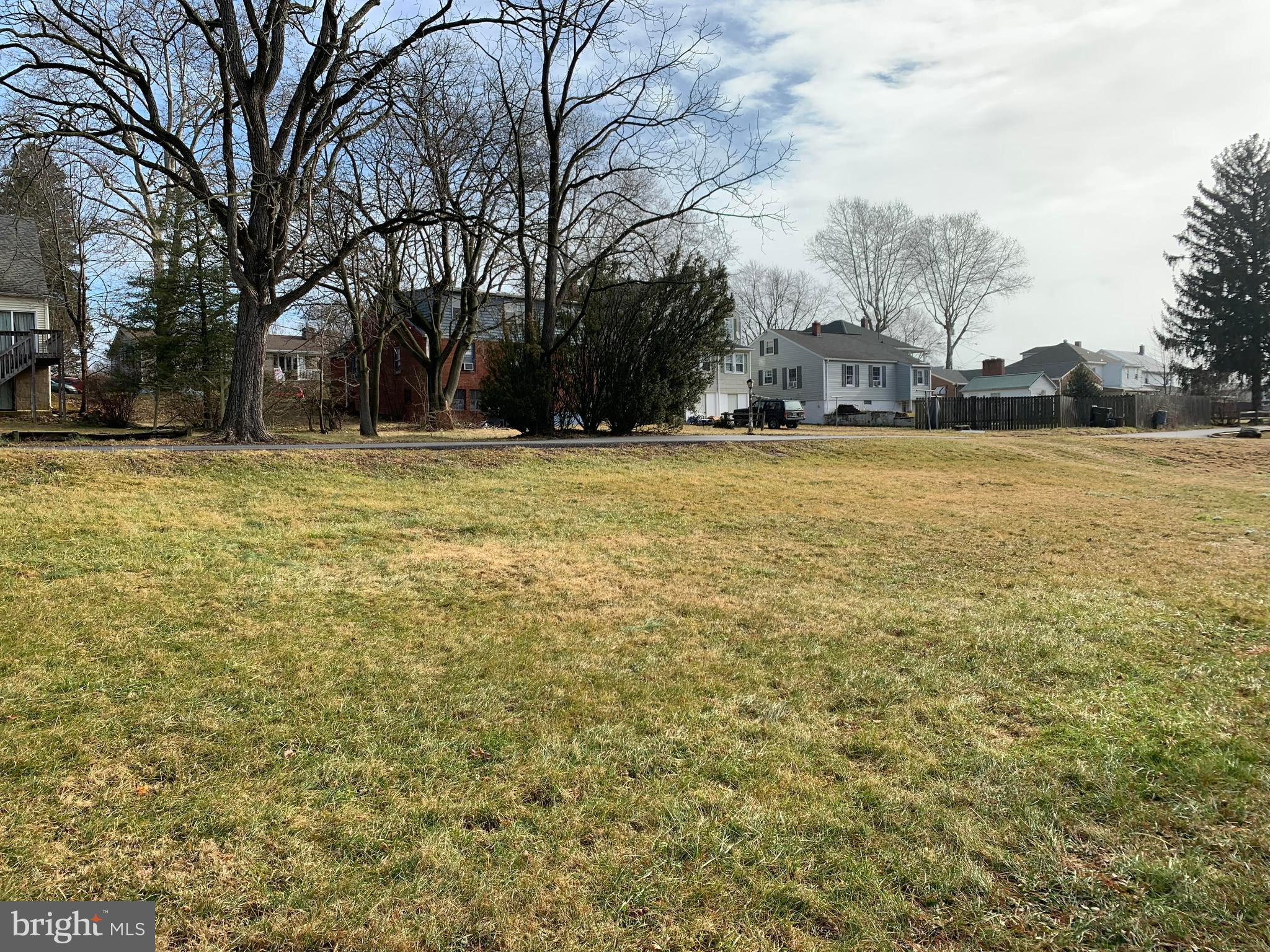 *Welcome to this ready to build rarely available city lot in established neighborhood*Cleared corner lot with road frontage and ready access to utilities*Should be available for public water and sewer per local engineering firm consultation*