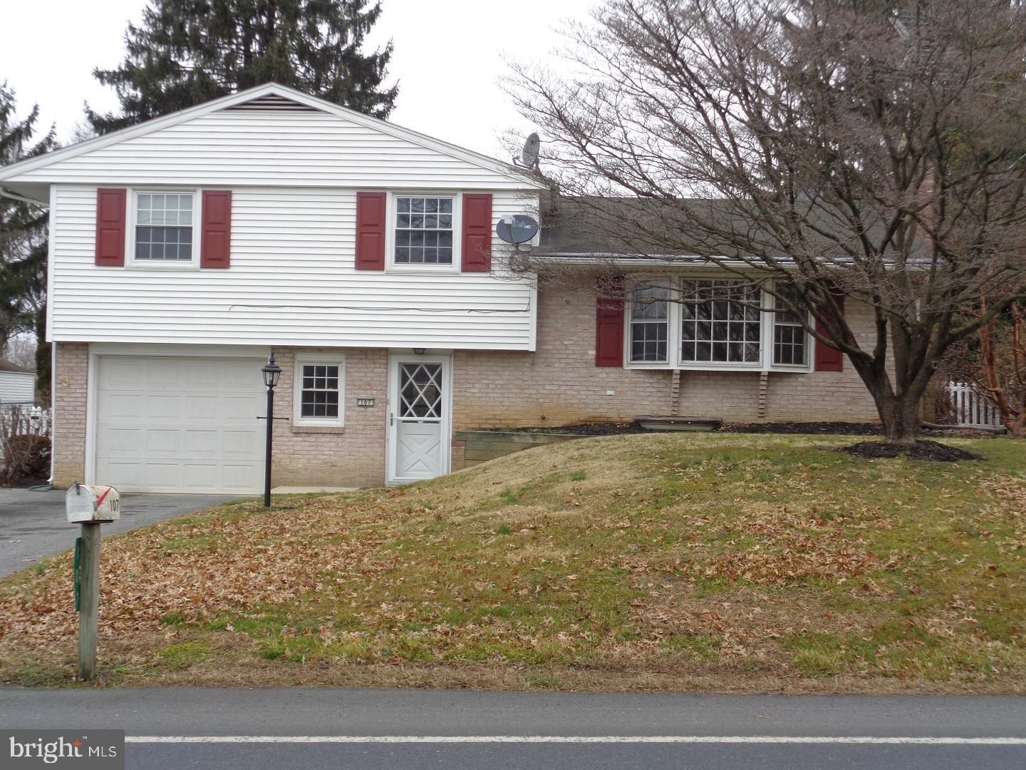 107 PENN GRANT ROAD, WILLOW STREET, PA 17584