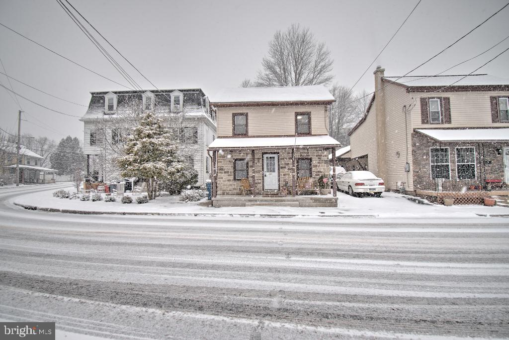 Photo of 153 E Wyomissing Avenue, Mohnton PA