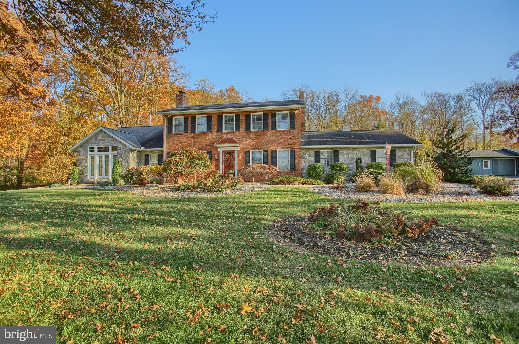 20 ROUND BARN ROAD, NEWMANSTOWN, PA 17073
