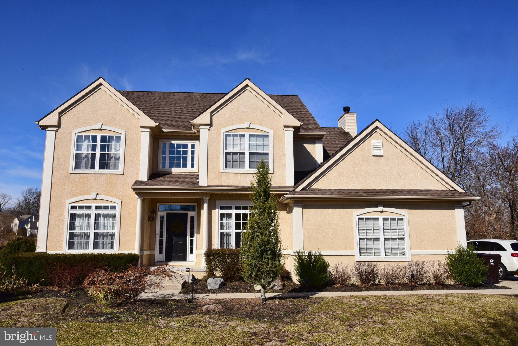32 WATERS EDGE DRIVE, DELRAN, NJ 08075