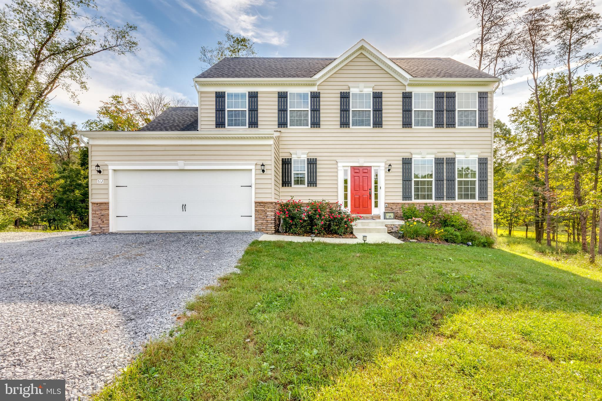 512 NESTLE QUARRY, FALLING WATERS, WV 25419