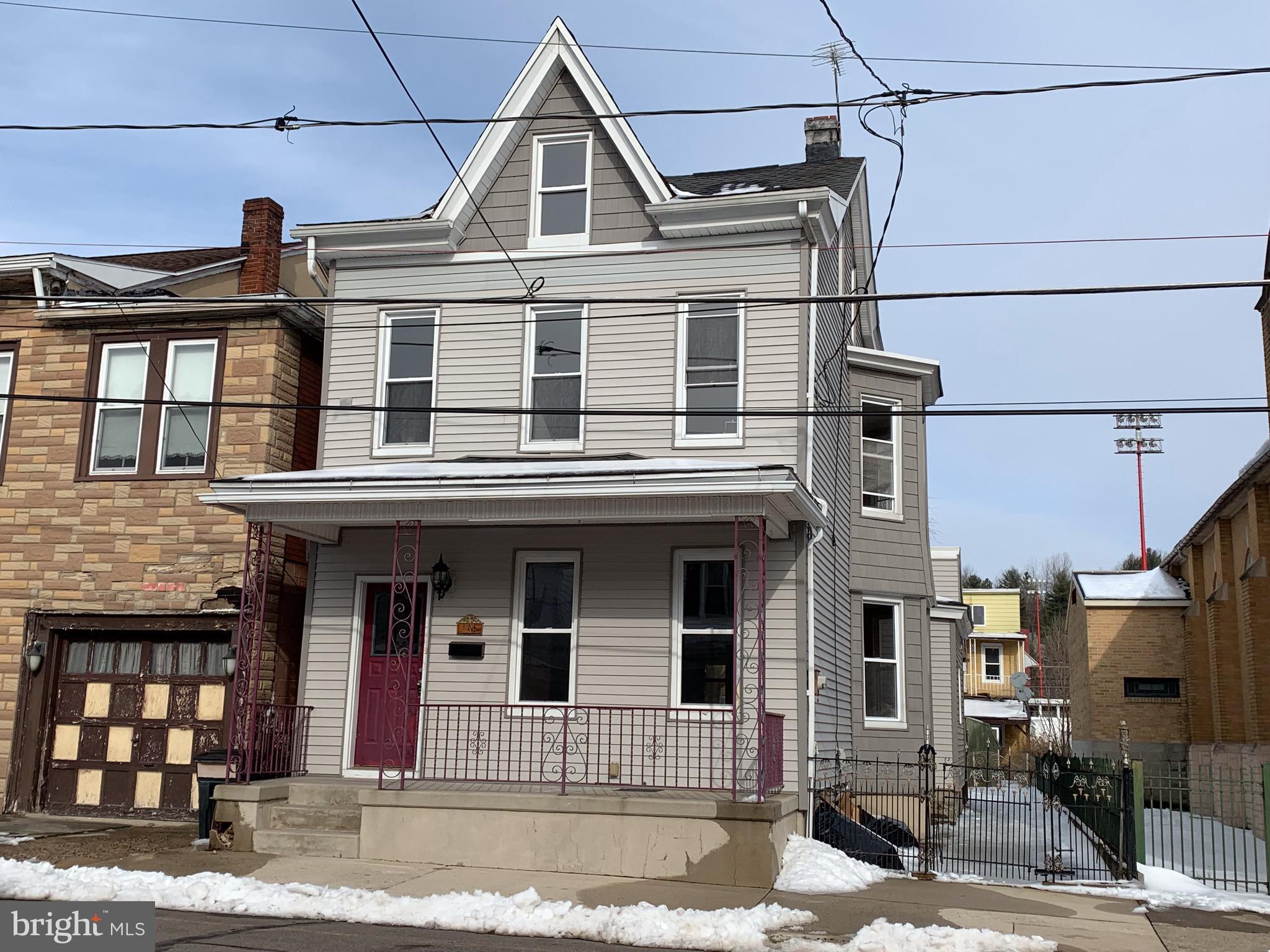 231 N MILL STREET, SAINT CLAIR, PA 17970