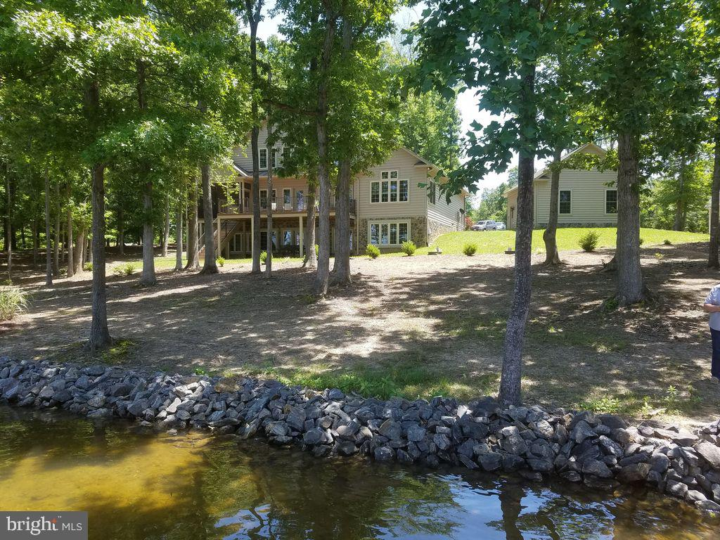 204 BLUE SKY WAY, BUMPASS, VA 23024