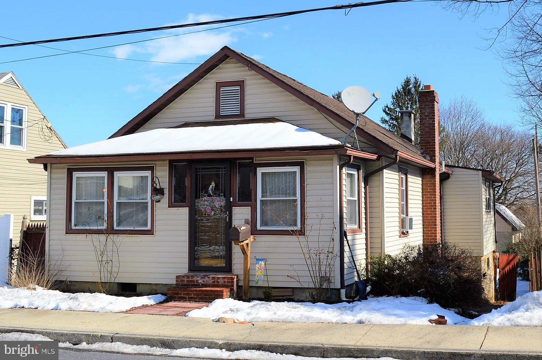 510 N WALNUT STREET, MOUNT HOLLY SPRINGS, PA 17065