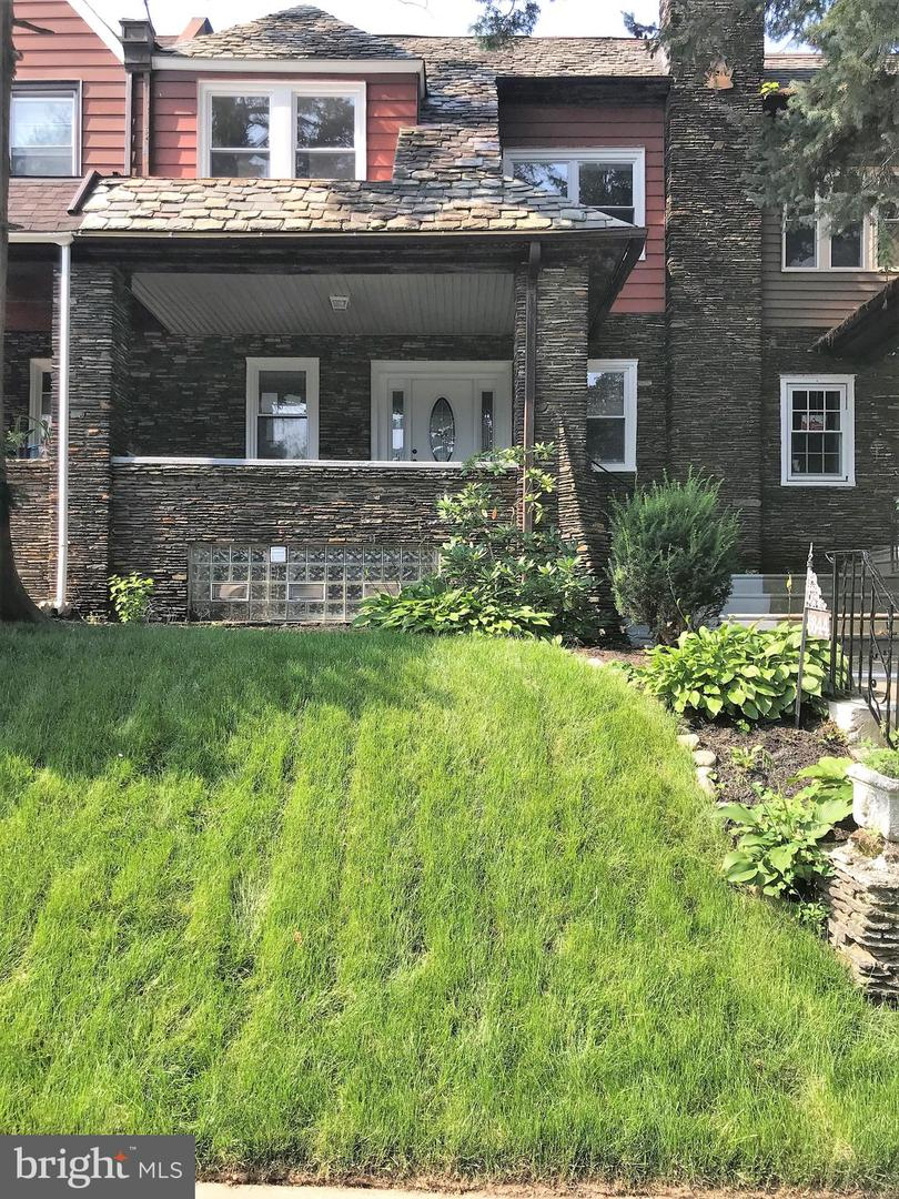 6644 Boyer Street Philadelphia, PA 19119