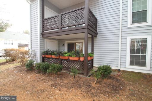 10006 Oakton Terrace Rd
