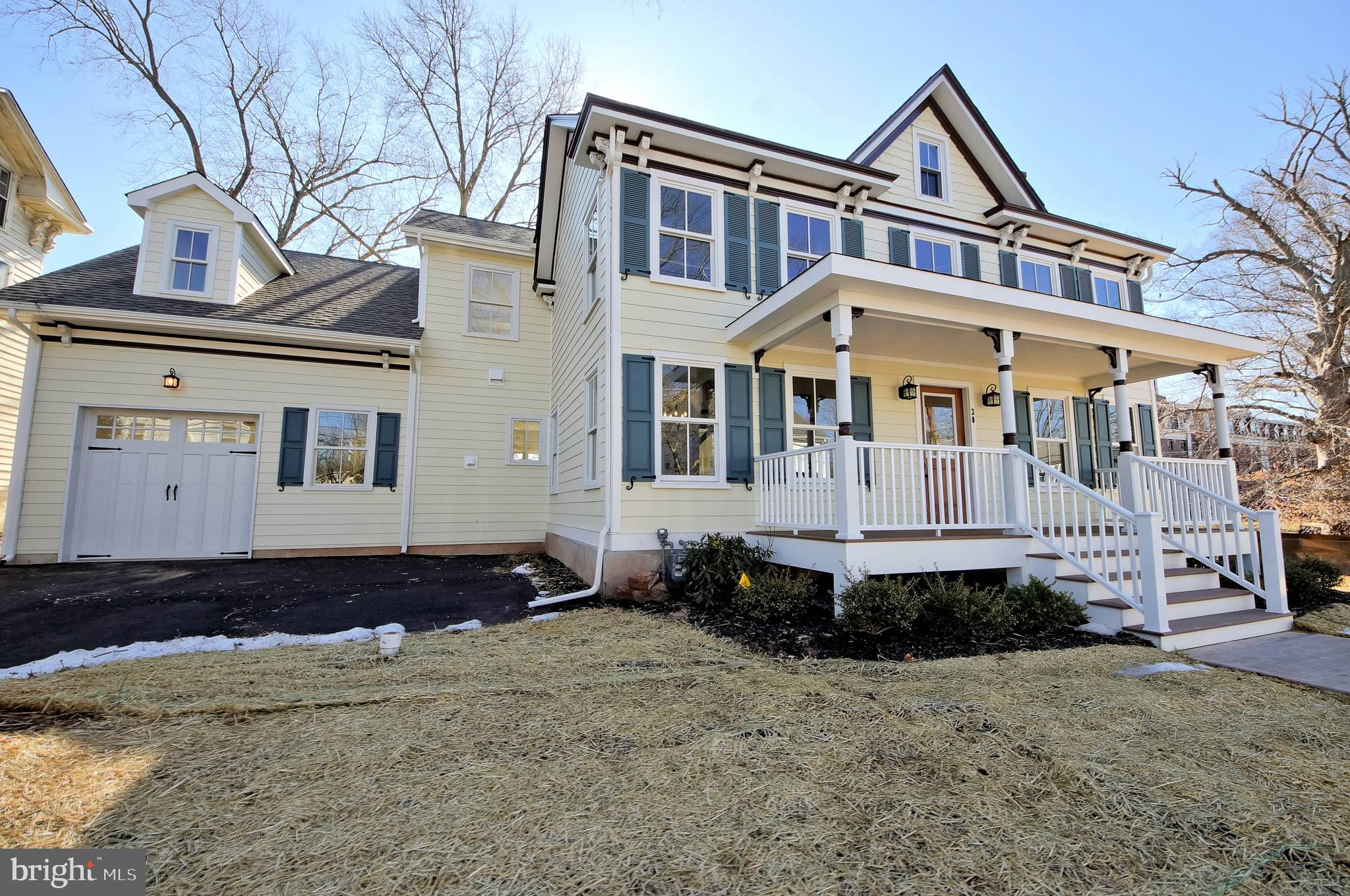 30 W DELAWARE AVENUE, PENNINGTON, NJ 08534