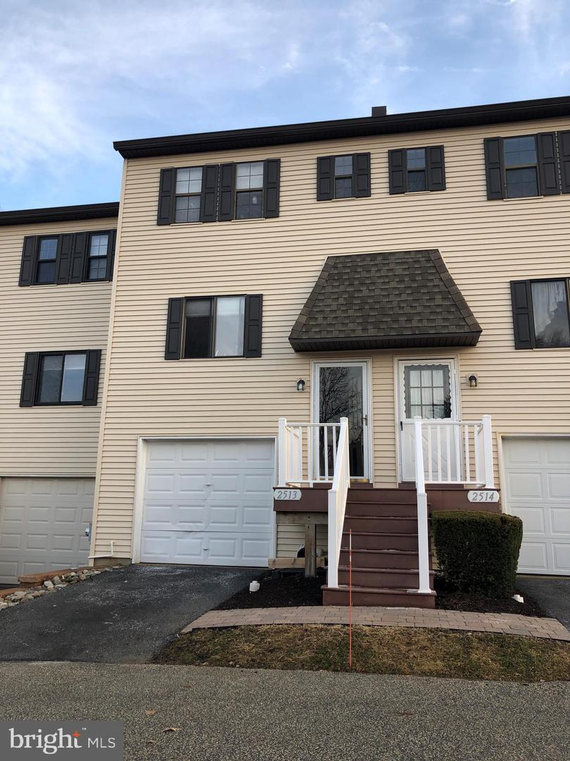 2513 Pond View West Chester , PA 19382