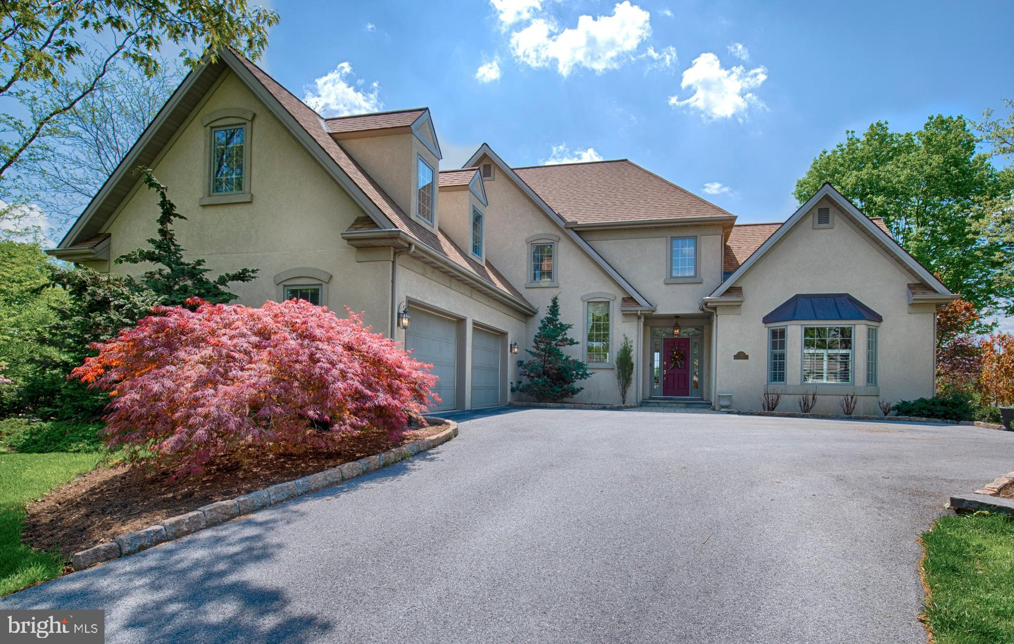 22 LAKELAND Ct, Lititz, PA, 17543