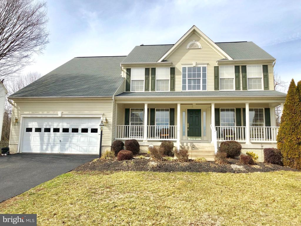 38 COUNTRY MANOR DR, Fredericksburg VA 22406