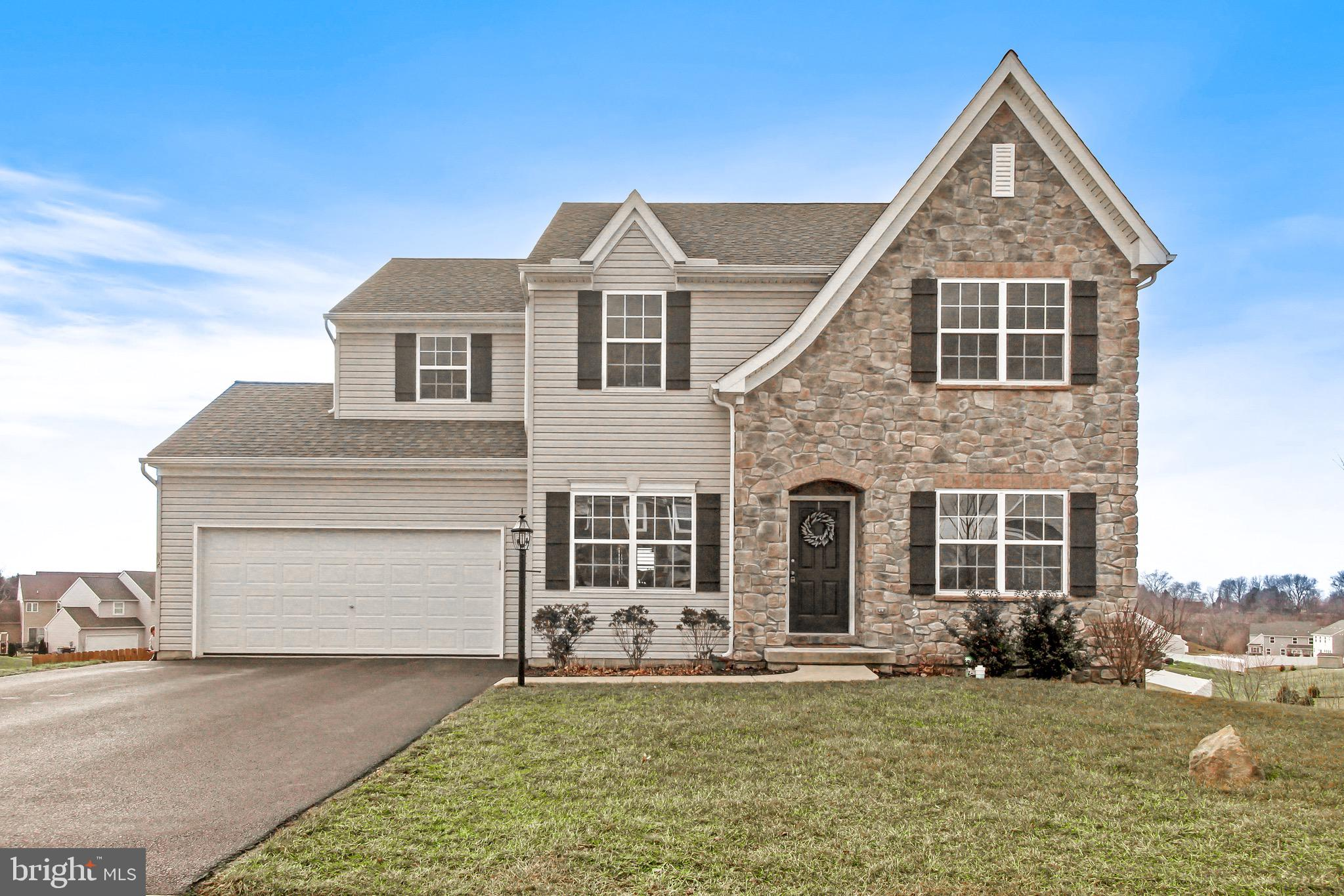 105 SPRING MEADOWS ROAD, MANCHESTER, PA 17345