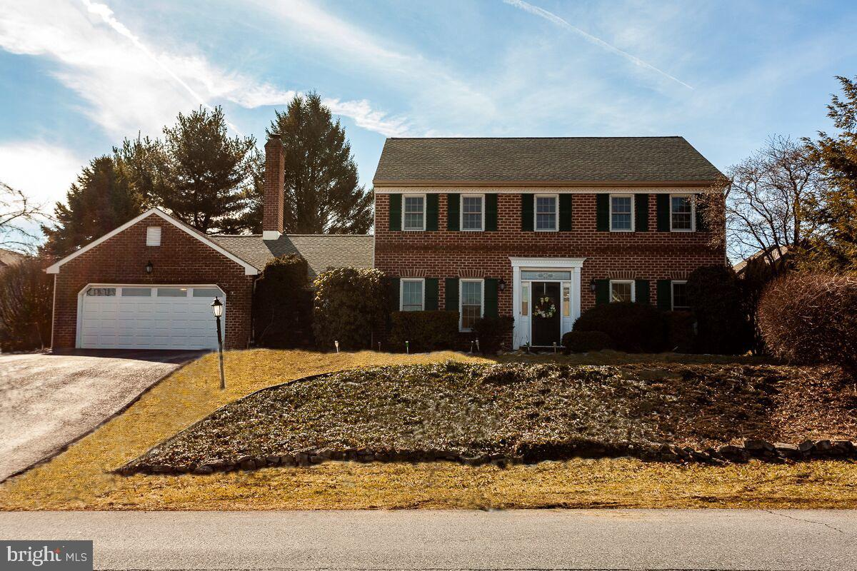 1058 COUNTRY CLUB ROAD, CAMP HILL, PA 17011