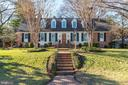 502 Cathedral Dr