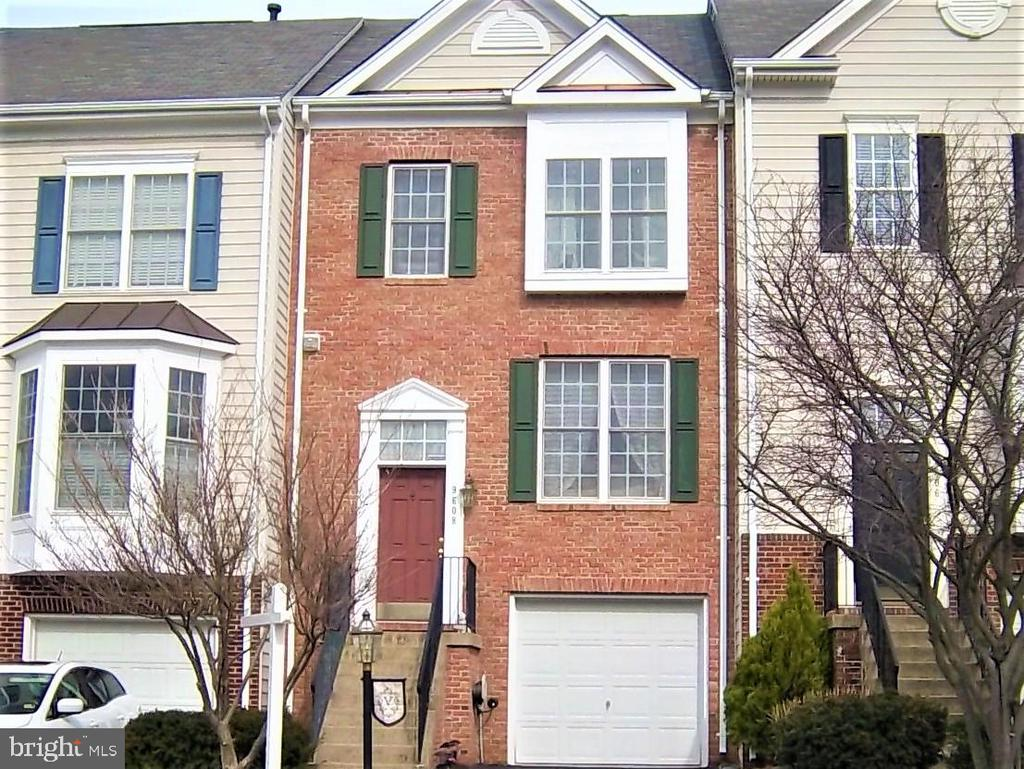 9608 NORMANTON WAY, Manassas VA 20110