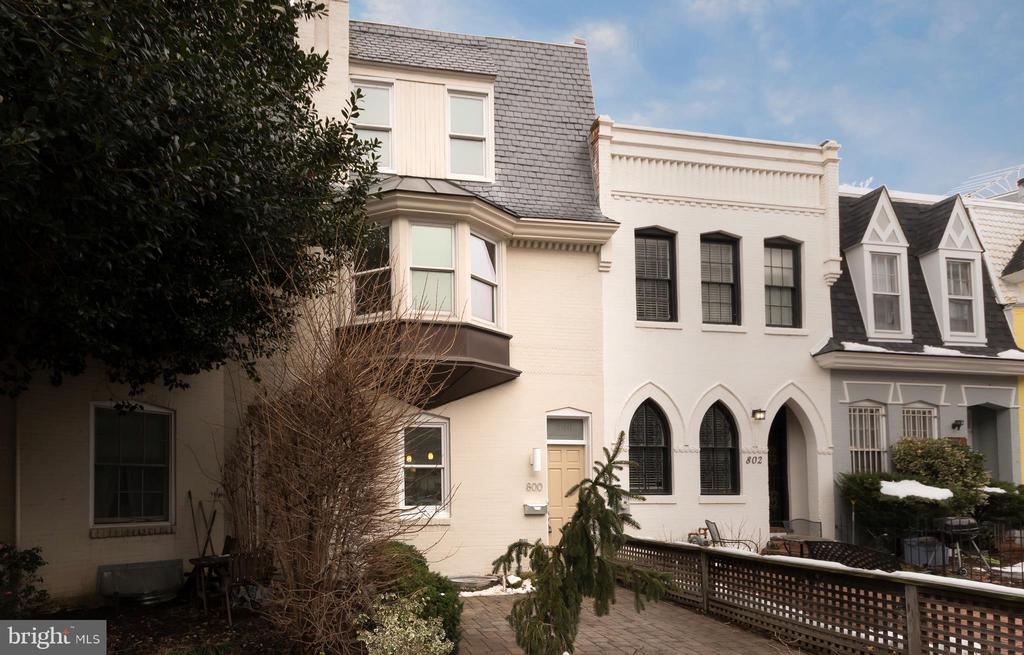 Rare opportunity! Very well maintained 4 level Foggy Bottom TH w/charming front patio. Great for owner occupant(s) or investment property 2BED/2.5BA plus Fully Finished Basement. High ceilings and loads of Character. Close to GW Hospital,  blocks to GWU Univ., minutes to all amenities, shops, & Metro.