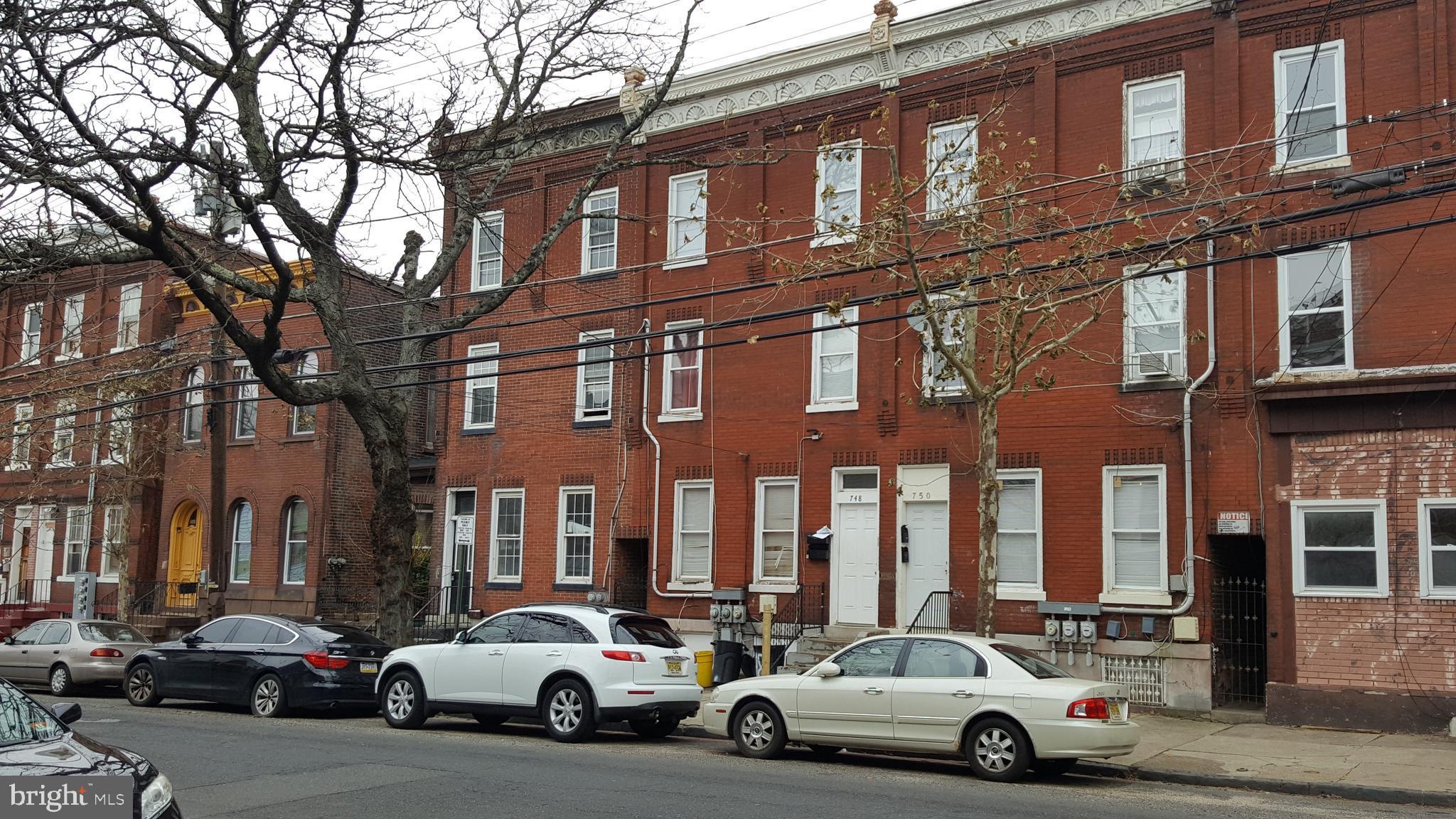 748 CENTRE STREET, TRENTON, NJ 08611