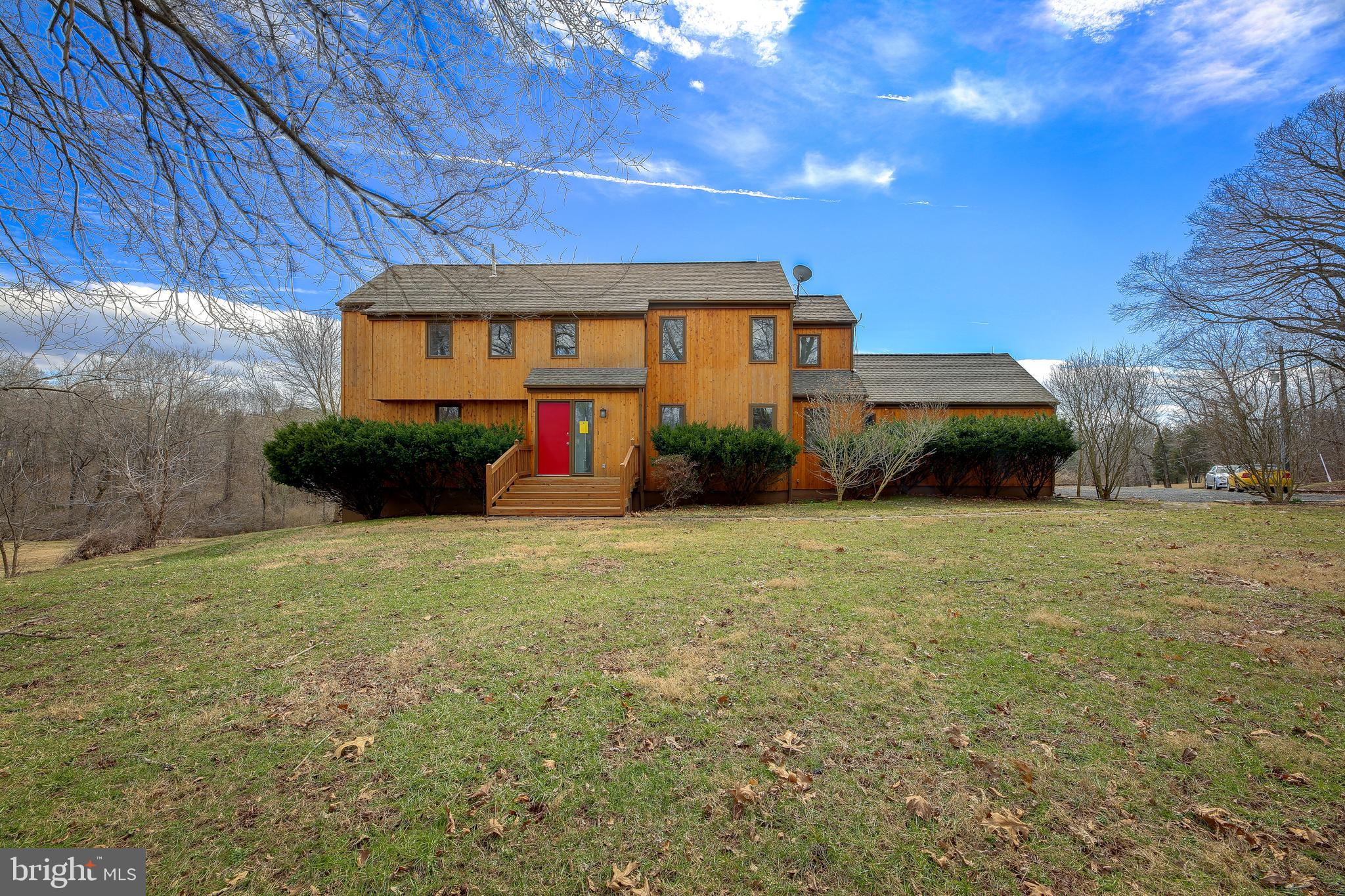 40124 NEW ROAD, ALDIE, VA 20105