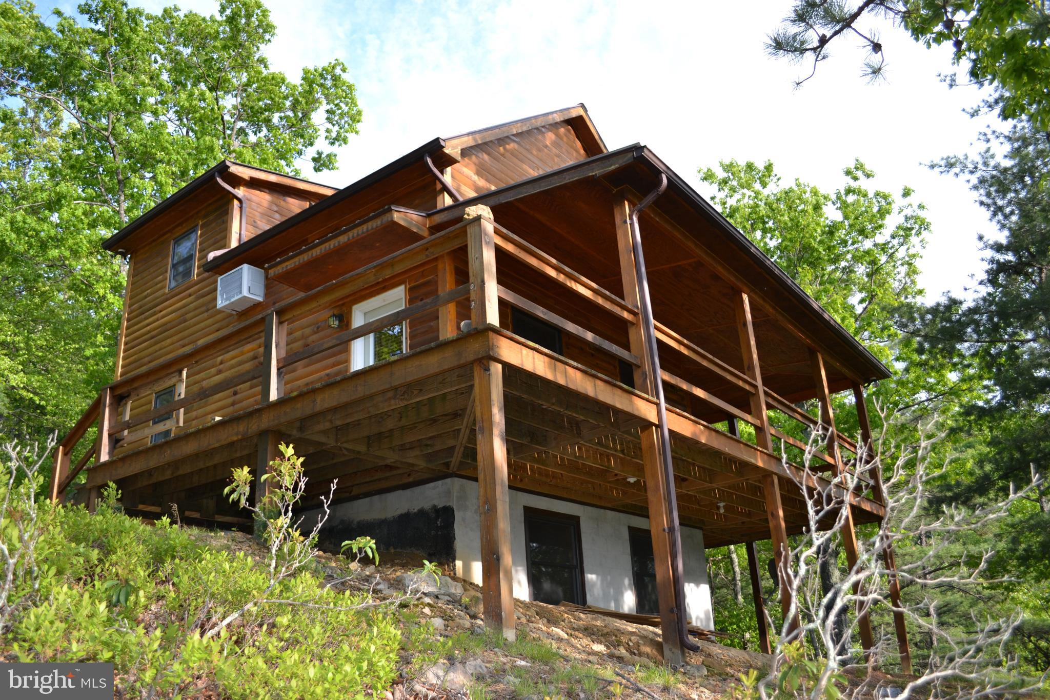 232 HAWKS RIDGE ROAD, FRANKLIN, WV 26807