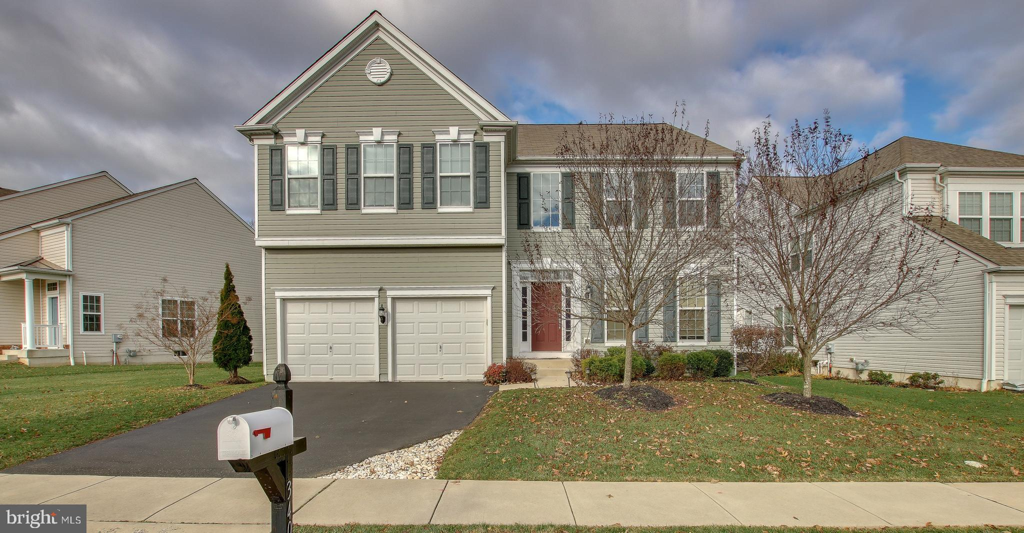 340 W ARMSTRONG DRIVE, FOUNTAINVILLE, PA 18923
