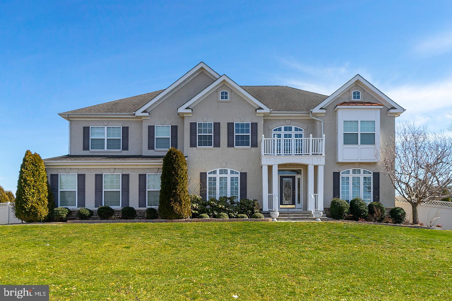 10 ALEXIS COURT, MICKLETON, NJ 08056