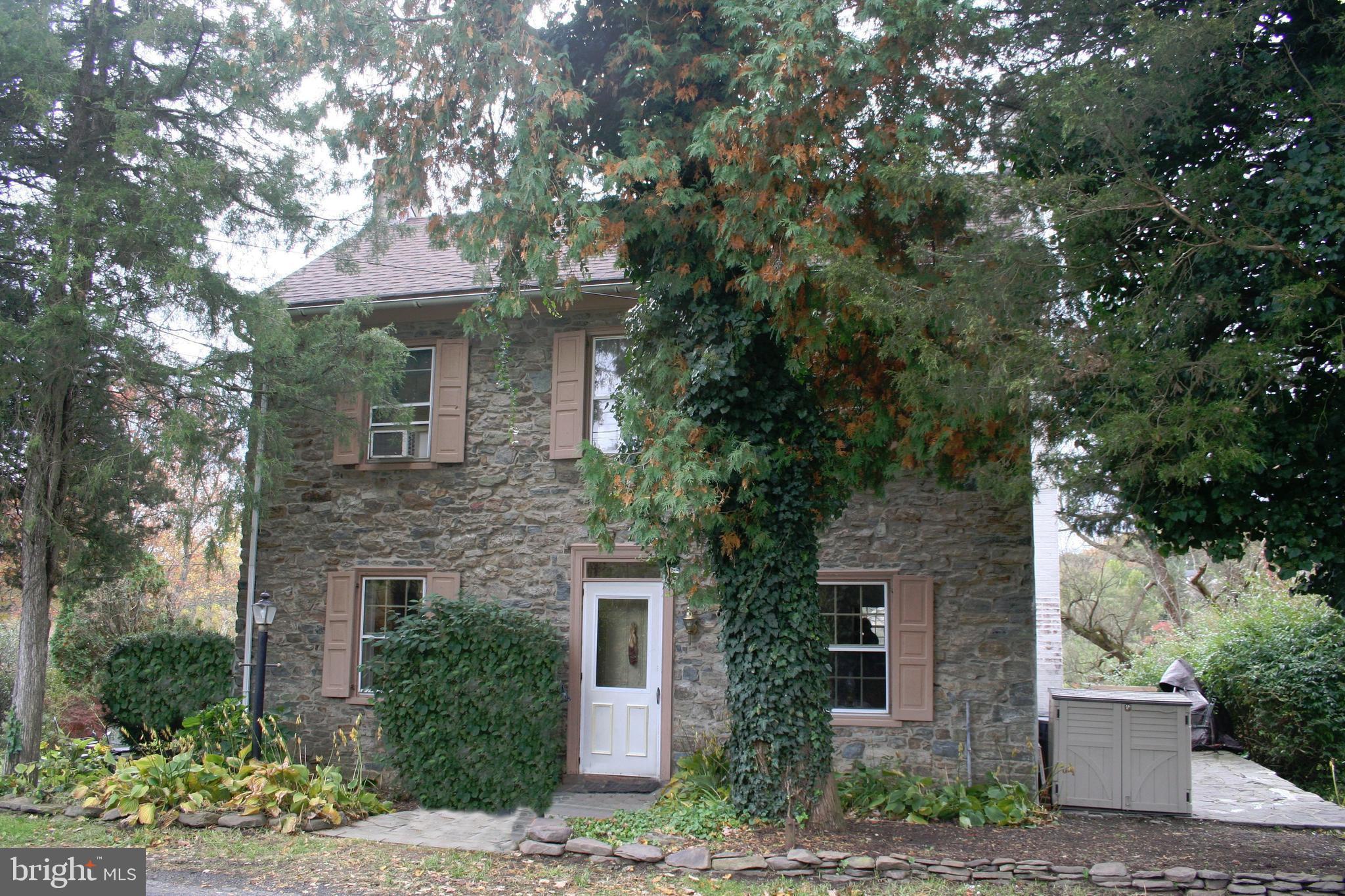 724 DURHAM ROAD, RIEGELSVILLE, PA 18077