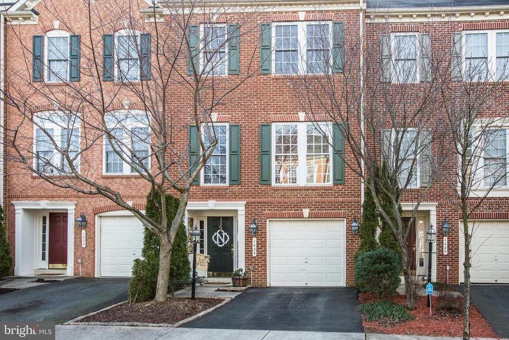 Convenient living in a beautiful 3BR 2.5BA town home! Right on the trail into Central Park, this brick front colonial has been meticulously maintained and is ready for new owners! Open floor plan on the main level with large windows and great natural light. Kitchen and dining room with breakfast nook opens onto newly stained deck overlooking private fenced backyard. Enjoy large family room, great for entertaining. Relax in the lower level family room with access to the luscious new garden beds for your own produce directly from your backyard! Spacious master bedroom feels like a retreat with attached master bathroom- complete with soaker tub and separate shower. Walk-in closet in master as well. Two more beautiful bedrooms and second full bath. Make this home your own and be close to everything!