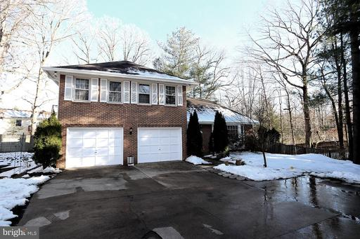 10129 Red Spruce Rd