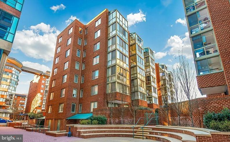 1045 Utah Street Arlington VA 22201. Can only be shown Mon-Friday between 10AM & 7PM. Manager has to buzz you into building. . Great opportunity for that Arlington Lifestyle in Windsor Plaza just 2 blocks to the Ballston Metro. This unit has 2 bedrooms, 1.5 baths, 2 separate sunrooms and an open floor plan. New Carpet. The kitchen is perfectly situated with a long breakfast bar open to the living room. Unit comes with garage parking space and extra storage. Enjoy the outdoor pool and everything Arlington has to offer. Only 3 blocks to rt 66 for the perfect commute!. . Pets considered on a case by case basis. . Online application and rent payments with TMKenny Property Services. See our reviews on Yelp & Google!