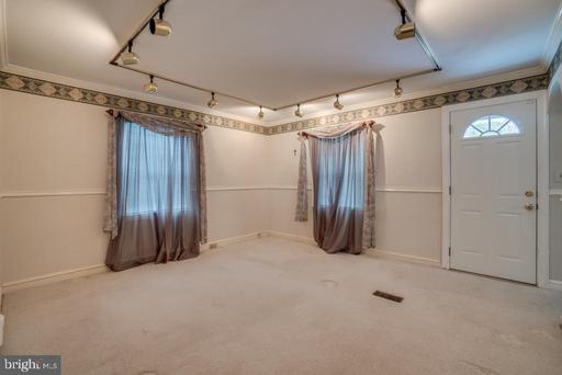 7309 Beverly St, Annandale 22003