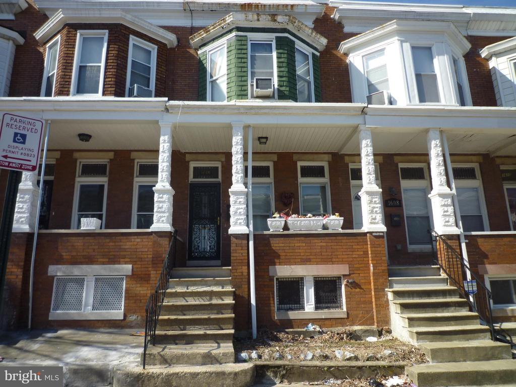 Bright and spacious, classic Baltimore rowhome in need of TLC. Property is in completely move in condition (owner occupied) and needs some paint and elbow work to call it home for another homeowner or investor looking for an almost turn key rental. This home is located on a nice and quiet homeowner block and just 2 blocks away from Coppin State University and would be great student or professor housing.