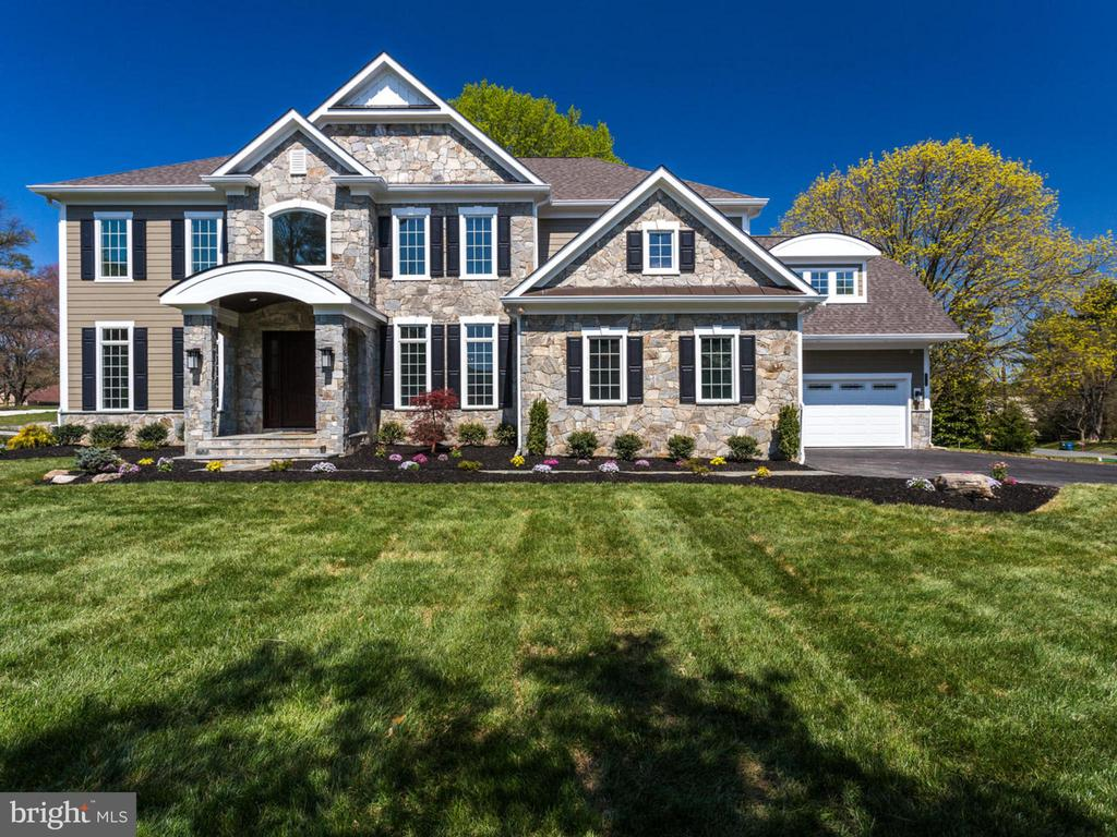 11705  VALLEY ROAD, Fairfax, Virginia