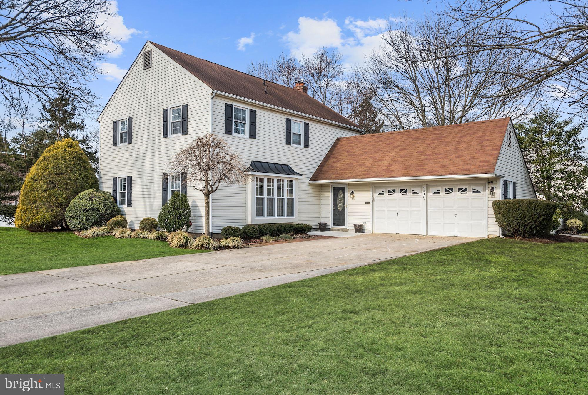 279 BURNING TREE, DELRAN, NJ 08075
