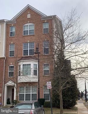 Photo of 15161 Silica St #101