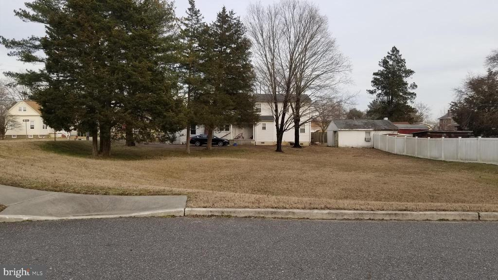 0 W BROAD STREET, GIBBSTOWN, NJ 08027