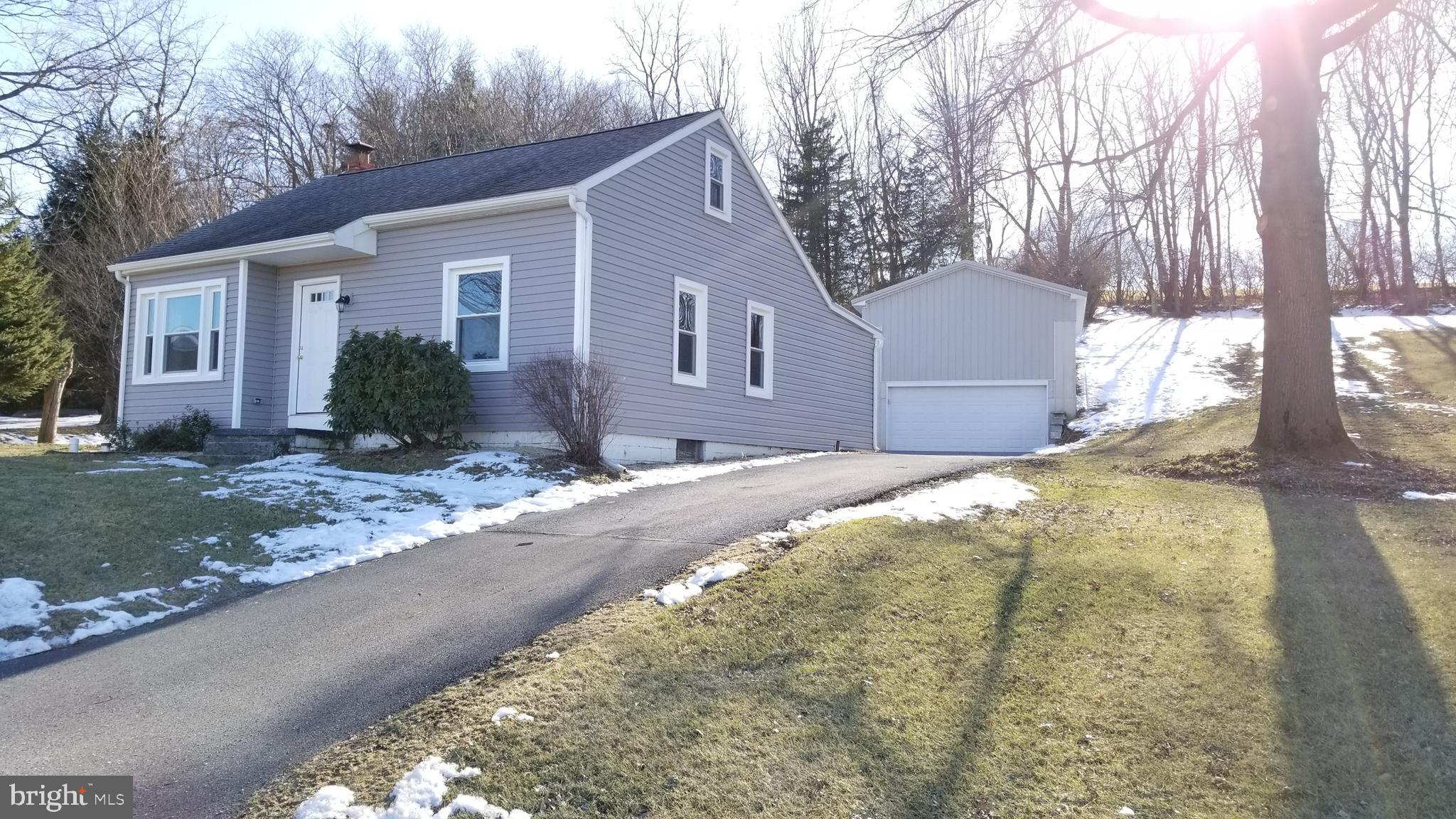 244 ALBRIGHT ROAD, NEWMANSTOWN, PA 17073