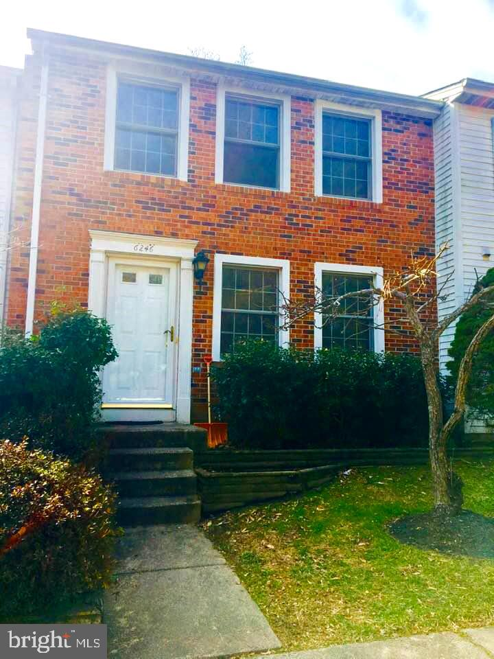 Well maintained cozy brick-front TH, most features updated. Gleaming wood floors. Updated windows, marble-floored bathrooms. Backs to woods and privacy. Granite countertops. Country setting near shopping, S'field Mall.
