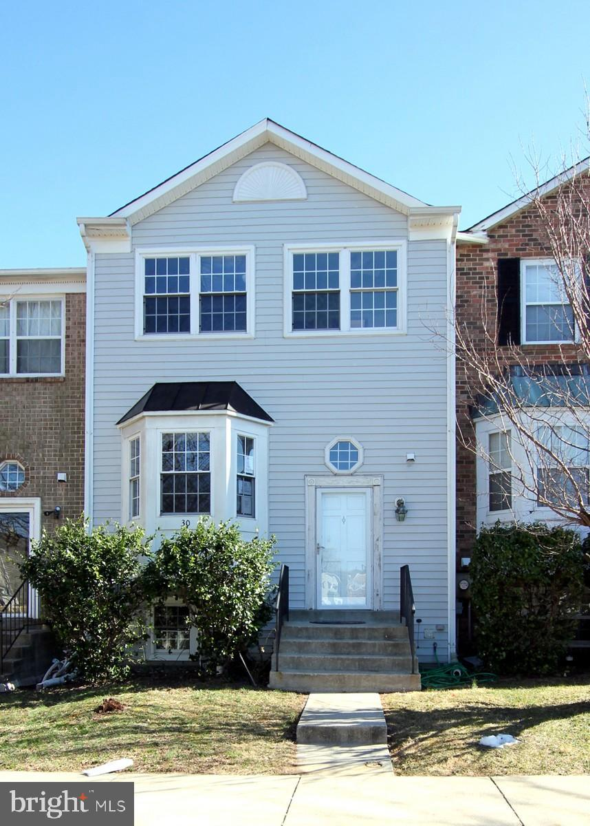 30 HUNTERS GATE COURT, SILVER SPRING, MD 20904
